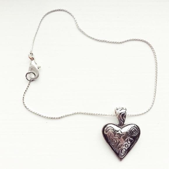 3fbc25d4cc6ba Dainty & whimsical silver heart charm bracelet